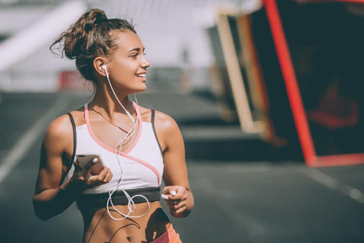 18 HELPFUL tips to prevent earbuds from falling out