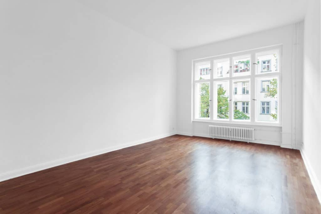Empty rooms can cause echos