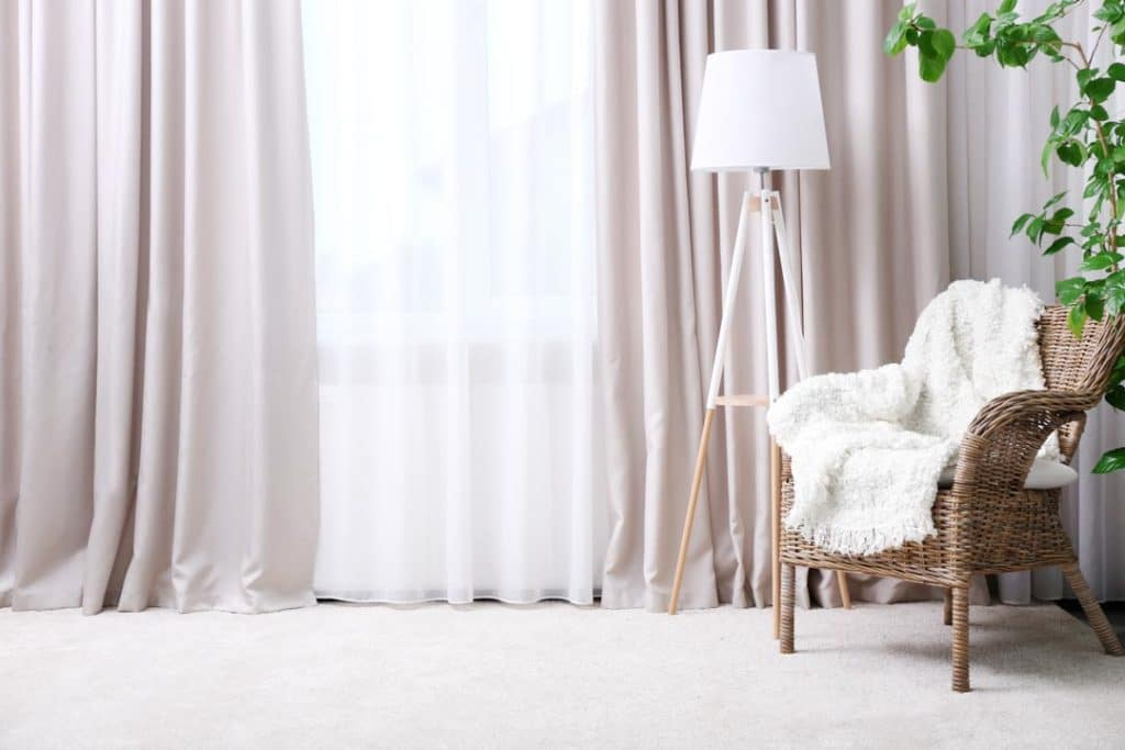 How to fix home theater room echoes by using curtains on your windows