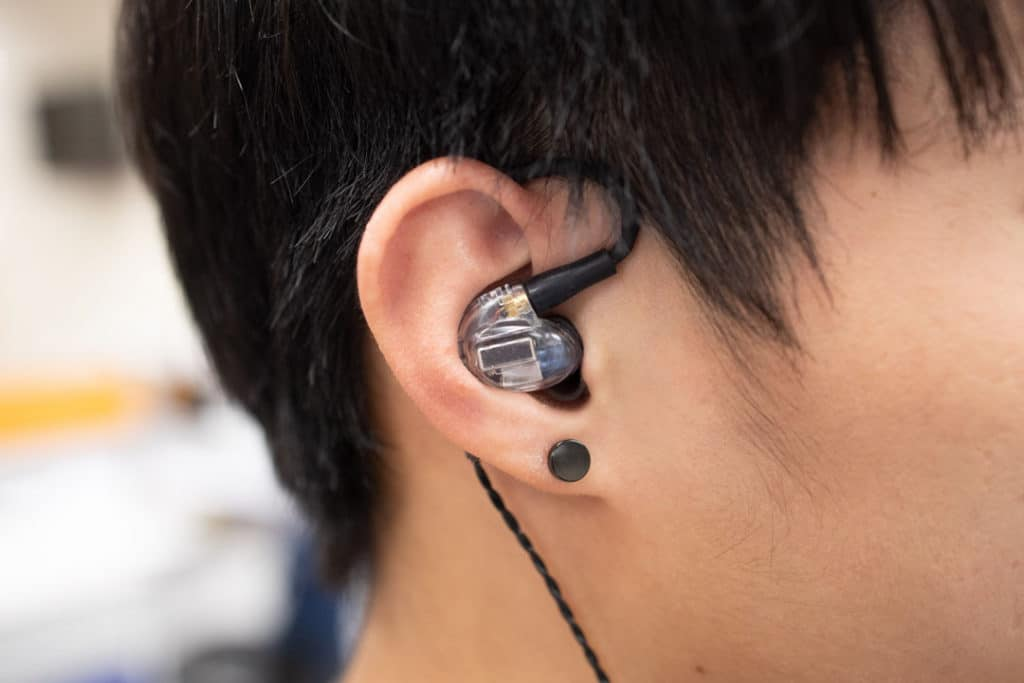Tip #4: Wrap the headphone cable around your ears