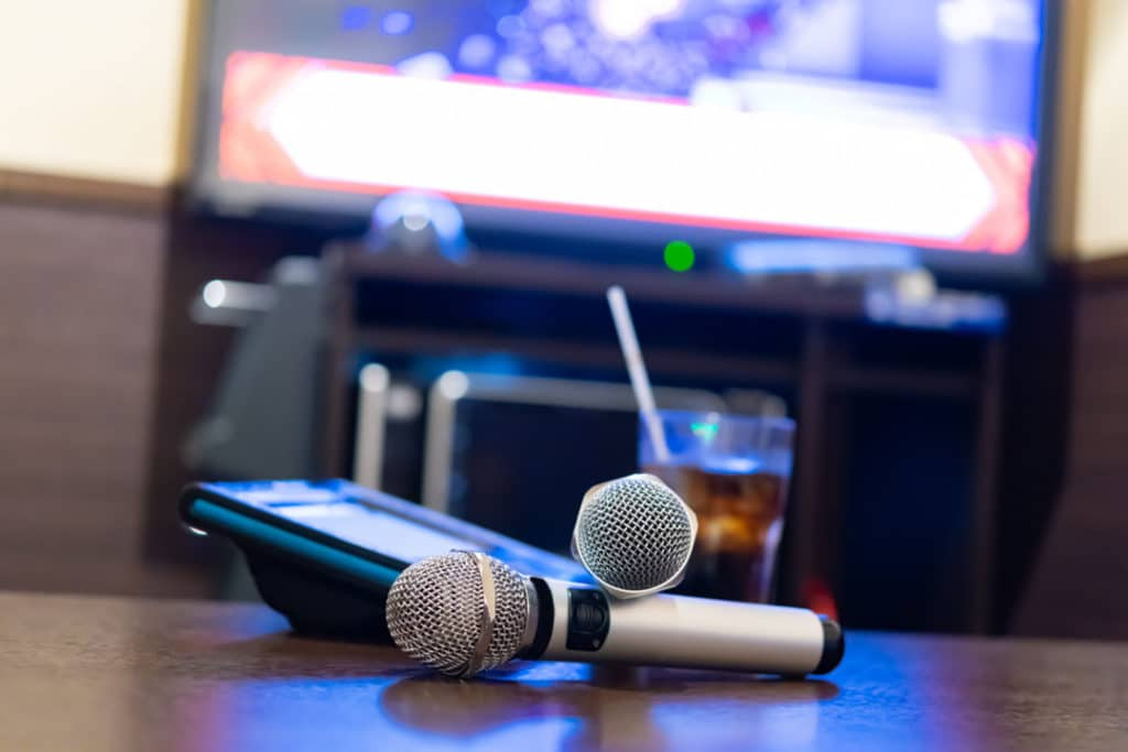 How to Connect Your YouTube Device to Your TV for Karaoke