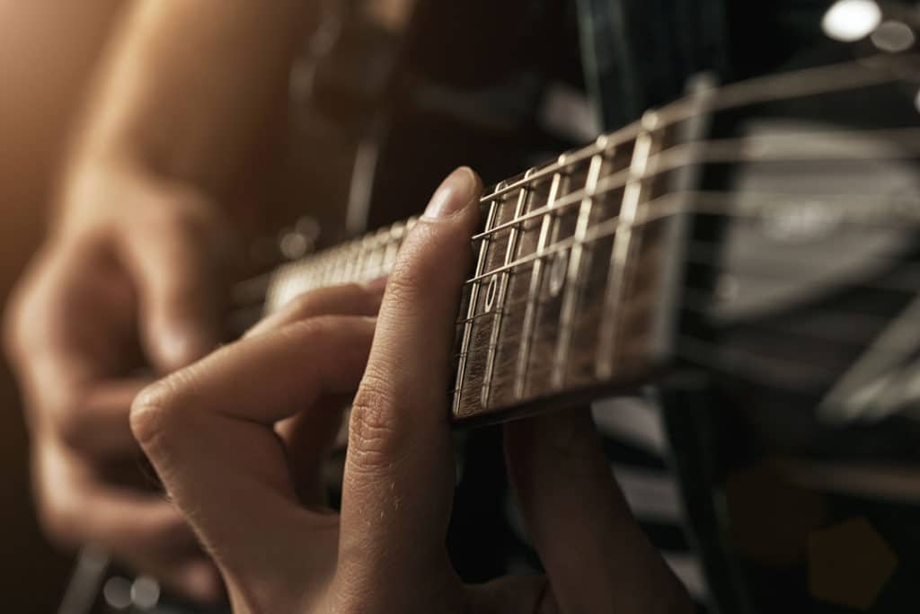 Should a guitar get recorded in mono or stereo?