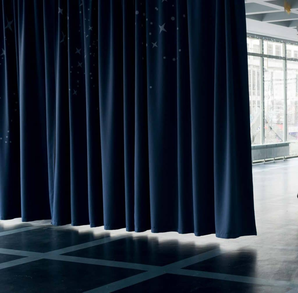 What You Need to Know When Buying Soundproof Room Divider Curtains
