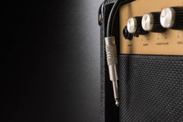 Complete Guide to Using a Microphone with a Guitar Amp