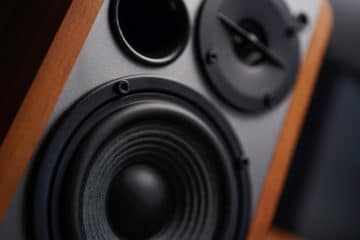 How to Connect 4 speakers to a 2 channel Amp