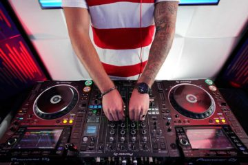 Why DJs Are Not Musicians