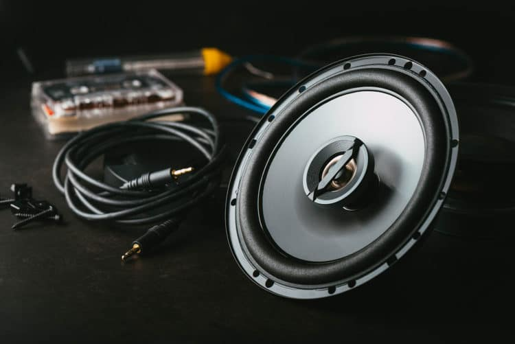3 10s vs. 2 12s – Would 3 10s or 2 12s Sealed Be Louder