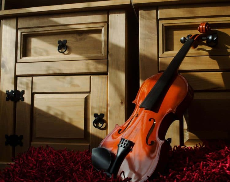 How Can I Learn to Play the Violin on My Own