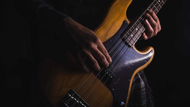Ibanez vs. Fender Bass – Comparing the Top Bass Guitars
